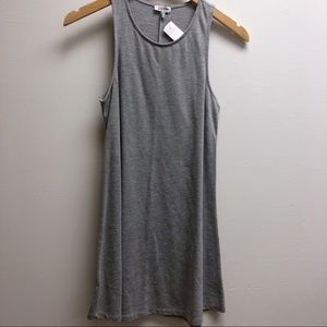 Tobi Small sleeveless short plain grey dress